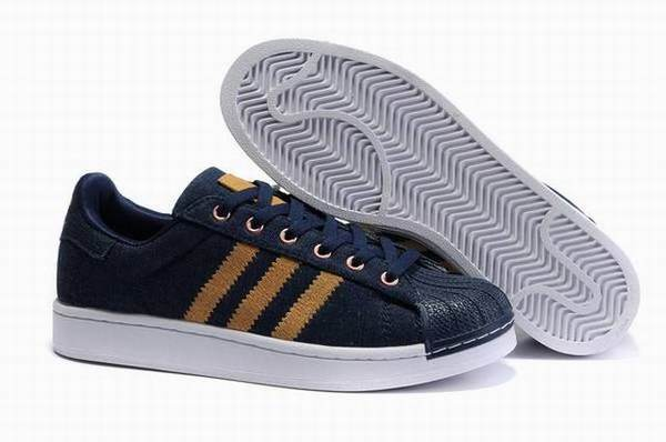 design intemporel 09cf9 75d7c Fournisseur Bonne foot locker adidas chaussures homme ...